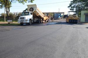 879 MIL DE INVESTIMENTOS:Ruas de Ubiratã receberão 34,5 mil metros quadrados de recape asfáltico