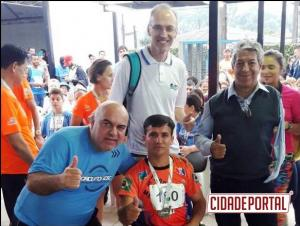 Atleta cadeirante de Goioerê sagra-se campeão em Circuito do Sesc em Paranaguá