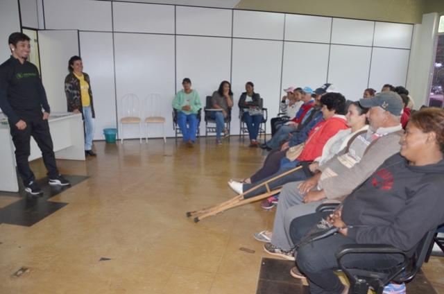 Catadores de recicláveis e servidores que trabalham na coleta seletiva participam do Programa Eco-cidadão Paraná