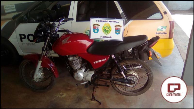 Após denuncia Polícia Militar do destacamento de Mariluz recupera moto roubada