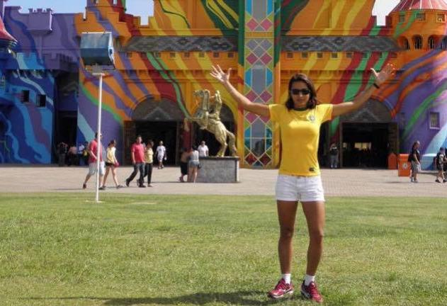 Árbitra paranaense é destaque no quadro da Fifa e sonha com Mundial