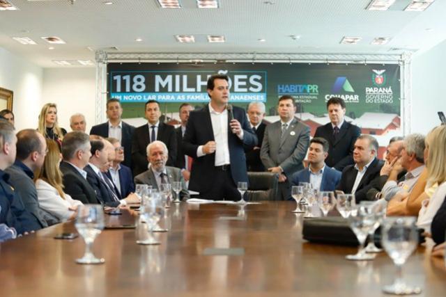 Governador confirma 1.494 novas moradias para 33 municípios