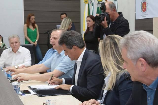 Maringá vai ganhar um nova fábrica que vai produzir medicamentos para o SUS