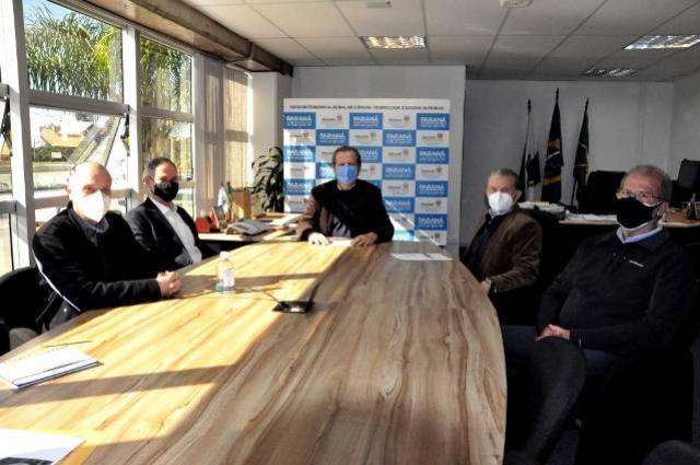 Para ampliar produção científica, Paraná terá rede de laboratórios multiusuários