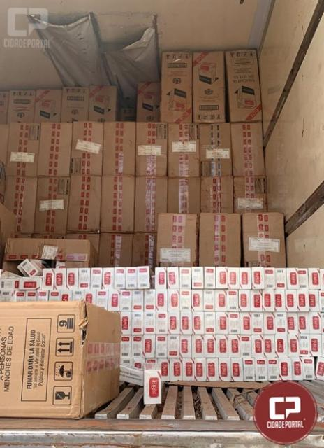 Polícia Federal apreende grande quantidade de cigarros contrabandeados em Maringá