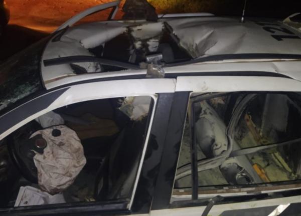 """PM é atacada com """"bomba"""" ao atender caso de perturbação de sossego em Ipiranga"""