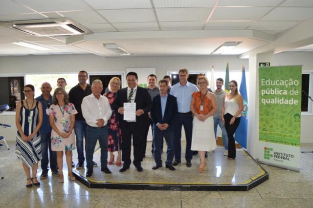 IFPR comemora 10 anos e anuncia duas novas unidades