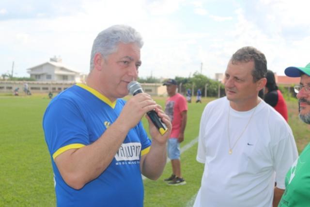 Futebol com ex-jogadores incentivou  prática esportiva em Umuarama e Goioerê
