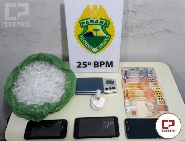 Equipe Rocam e RPA de Umuarama prendem dois indivíduos por tráfico de entorpecentes no Conjunto Guarani