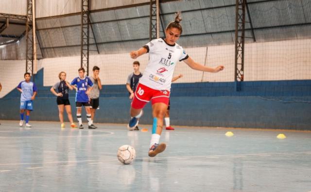 Grêmio Mourãoense inicia os trabalhos com equipe de futsal feminino