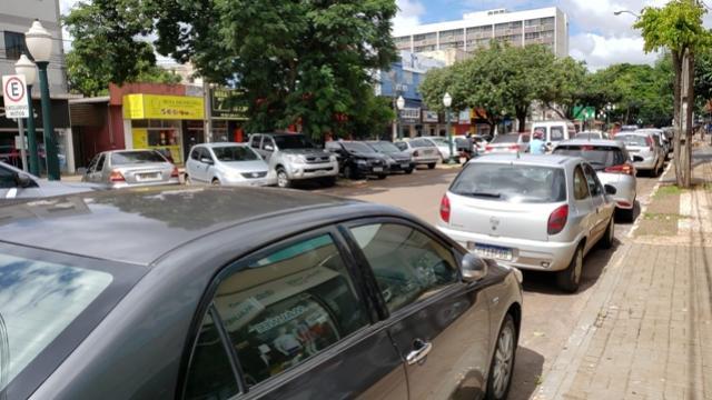Definido consórcio de empresas que vai explorar estacionamento rotativo