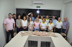 Rotary Clube Londrina, Aeroporto fez a doação de 100 próteses mamárias para a Santa Casa de Campo  Mourão
