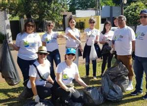 Caminhada ecológica no Dia Mundial da Limpeza coletou 1.542 sacos de lixo em Campo Mourão