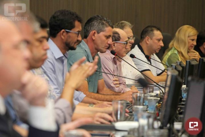 Câmara de Campo Mourão homenageia escola Ethanil com Comenda 10 de outubro