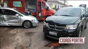 Colisão na perimetral Tancredo Neves deixa uma criança com ferimentos em Campo Mourão