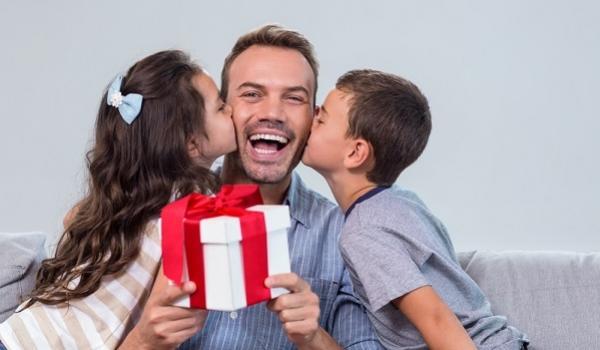 Acicam vai sortear 21 prêmios na campanha do Dia dos Pais em Campo Mourão