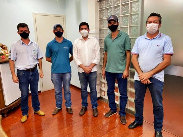 Sericicultores do município de Terra Boa vão receber apoio com fertilizante orgânico