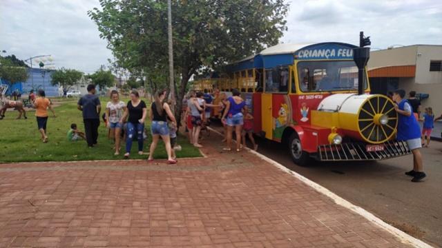 Trenzinho de Natal já nos bairros de Campo Mourão