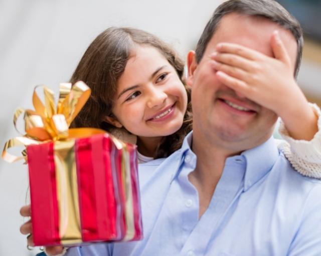 Comércio de Campo Mourão terá horário especial para o Dia dos Pais