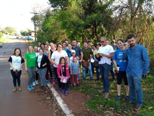Associação de Moradores do Jardim Araucária colabora com ações de saúde e ambiental em Campo Mourão