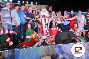 Programação de Natal foi aberta  em grande estilo em Campo Mourão
