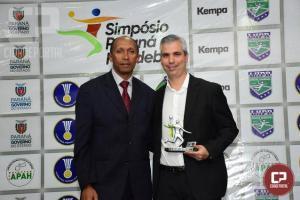 Melhores de 2018 são reconhecidos em premiação pela Liga de Handebol do Paraná