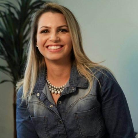 Sabrina Araújo profere a palestra, Vida, Propósito e Felicidade, nesta quinta-feira, 04 em Campo Mourão