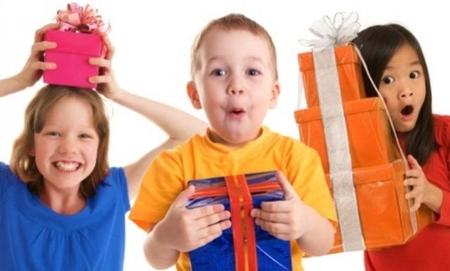 Acicam promove campanha dos Dia das Crianças em Campo Mourão