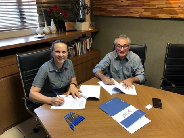 Assinado convênio entre o Sindicato dos Contabilistas de Campo Mourão e o Sescap-PR