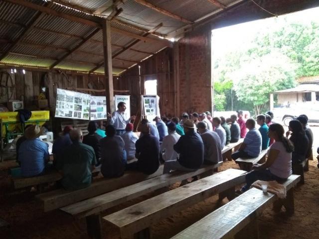 Giro técnico sobre a cultura da soja foi realizado na Comunidade Água da Fartura em Farol