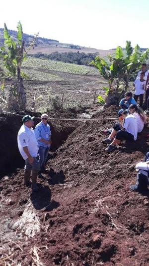 Estudantes de Barbosa Ferraz participam da Semana do Meio Ambiente em Campo Mourão