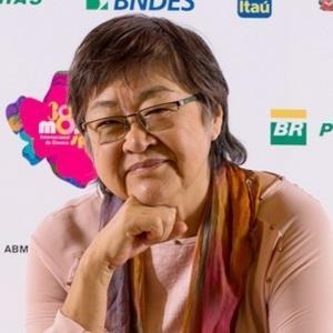 Cineasta Tizuka  Yamasaki marca presença no aniversário de Campo Mourão