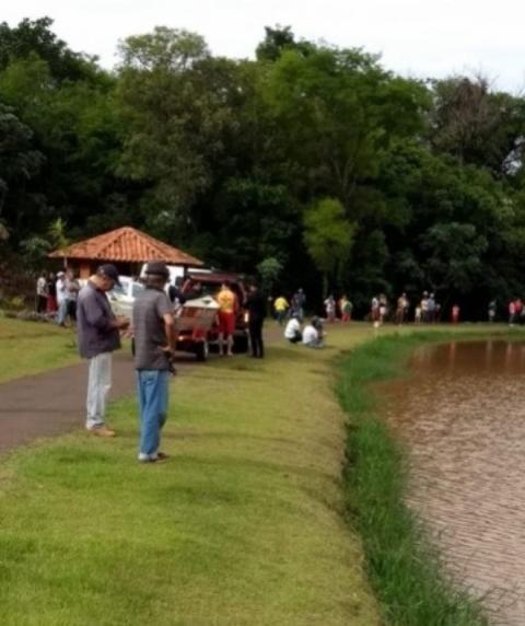 Uma pessoa morre afogada em represa do parque das flores em Farol