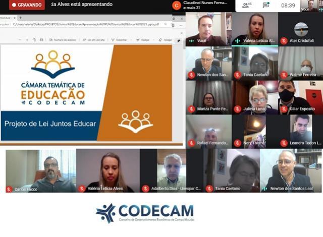 CODECAM apresenta Política Pública na área da Educação