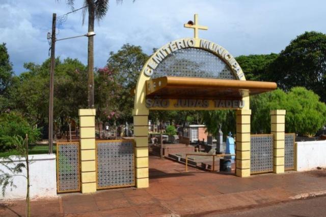 Cadastramento de ambulantes no Cemitério de C. Mourão vai até a próxima sexta, 11