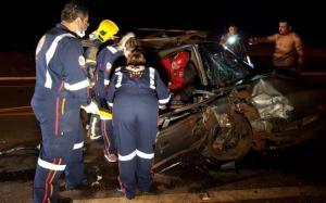 Grave acidente deixa dois feridos entre Campo Mourão e Farol