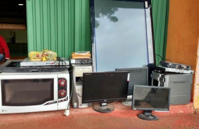 Descarte correto de lixo eletrônico pode ser feito de graça e em qualquer época em Campo Mourão