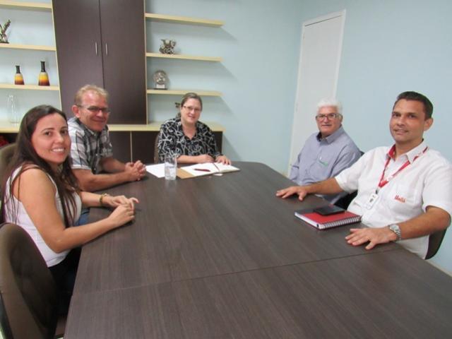 Equipe da Unitá visita prefeitura de Roncador e divulga resultados de expansão local