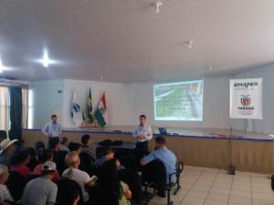 Emater e parceiros realizam evento para Capacitação e Orientação de Sericicultores na Região de Campo Mourão