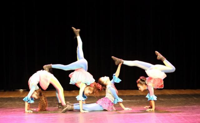 Fundacam apresenta trabalhos de artes circenses, música e do Centro de Criatividade