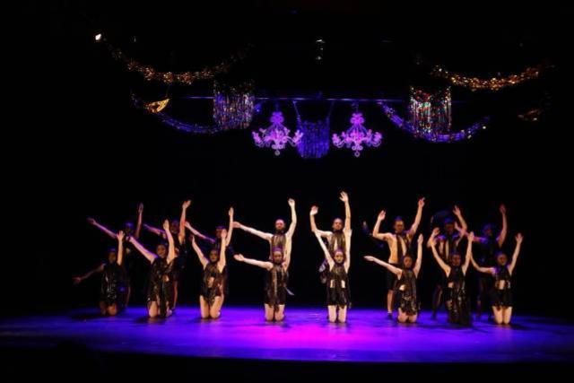 Ballet e dança folclórica nesta terça-feira, 11, na Mostra Cultural em Campo Mourão