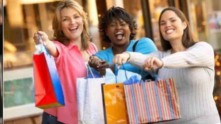 No sábado, lojas atendem  novamente até às 17 horas em campo Mourão