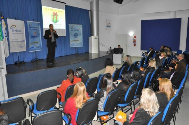 Cmeg:  Empreendedoras e gestoras  tiveram reunião e palestra
