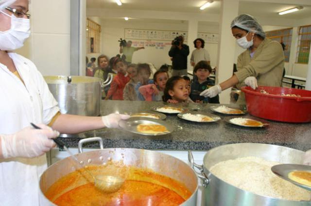Reunião vai explicar detalhes de licitação para alimentação escolar em Campo Mourão
