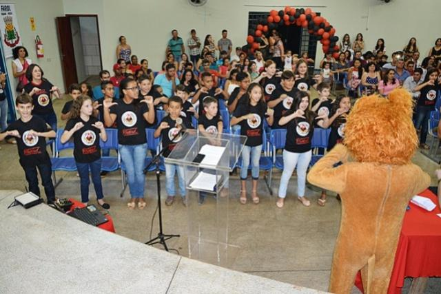 Prefeitura de Farol realiza formatura do PROERD