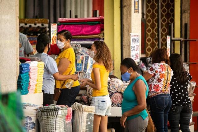 Comércio de Campo Mourão funcionará em horário especial neste sábado, 16