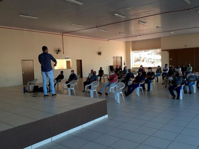 Reunião Técnica de sensibilização foi realizada em Barbosa Ferraz