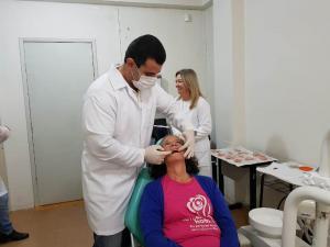 Centro de Especialidades Odontológicas reduz fila de espera de próteses dentárias