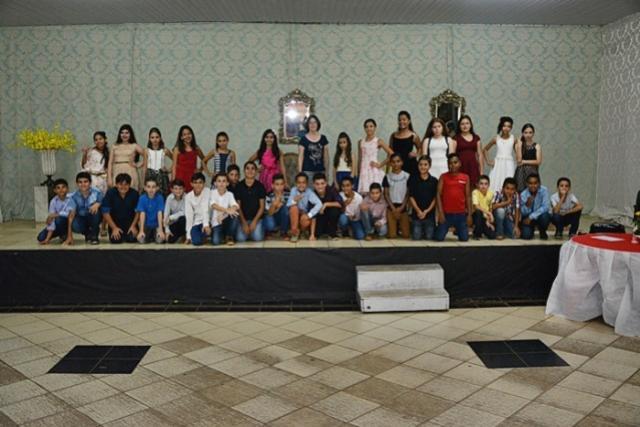 Escola Casimiro de Abreu realizou formatura para finalistas do 5º ano