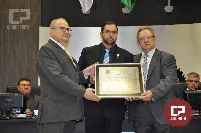 20 Anos: Rotary Araucária recebe Comenda 10 de Outubro de Campo Mourão